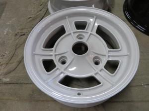 ルノーA110レストア5-粉体塗装01