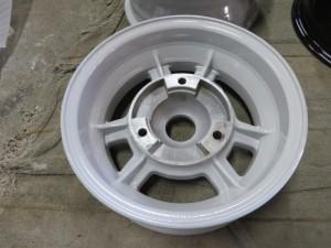 ルノーA110レストア5-粉体塗装02