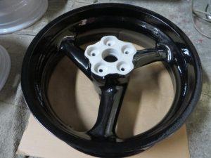 2輪マグホイールリメイク3-陽極酸化処理→粉体塗装02