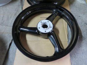 2輪マグホイールリメイク3-陽極酸化処理→粉体塗装01