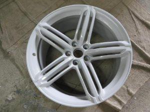 AUDI RS6 restorer 3-粉体塗装01