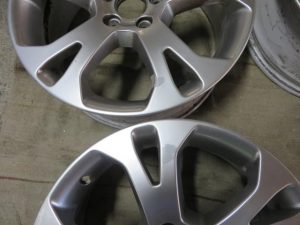 VOLVO GENUINE WHEEL RESTORER 1-pict-before02